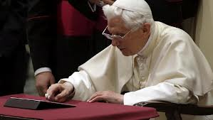 The Pope Tweeting (courtesy of CBS News)