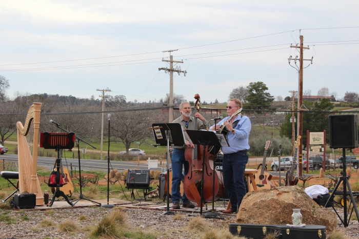 Andis Winery Band