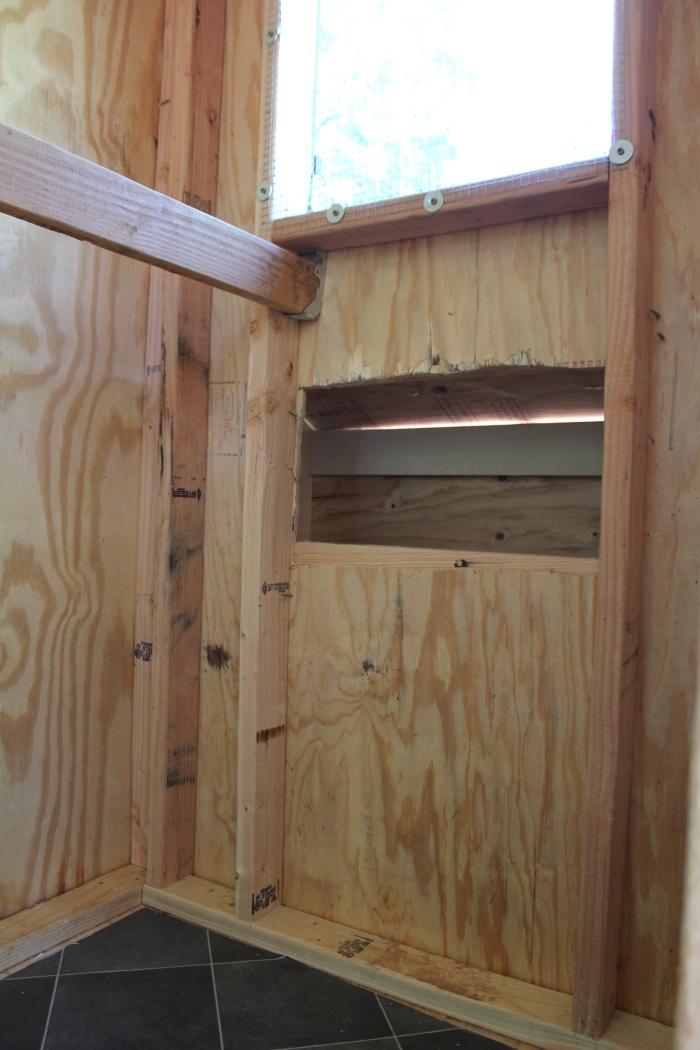 Roost, Nest Box, & Floor