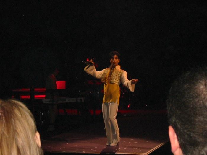 005-Prince Dancing
